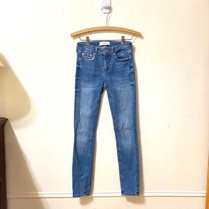 Zara Light Wash Skinny Jeans